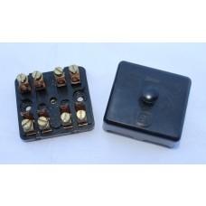 Zetor UR1 Sicherungskasten 4-polig 977302 Ersatzteile » Agrapoint